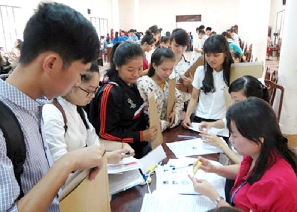 Hướng dẫn chi tiết và hạn chế sai sót khi làm thủ tục đăng kí dự thi THPT quốc gia