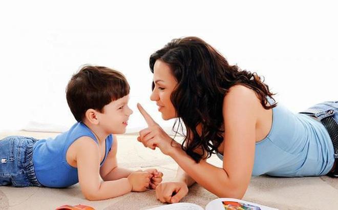 Mách mẹo với cha mẹ cách dạy trẻ 3 tuổi ngoan ngoãn, nghe lời