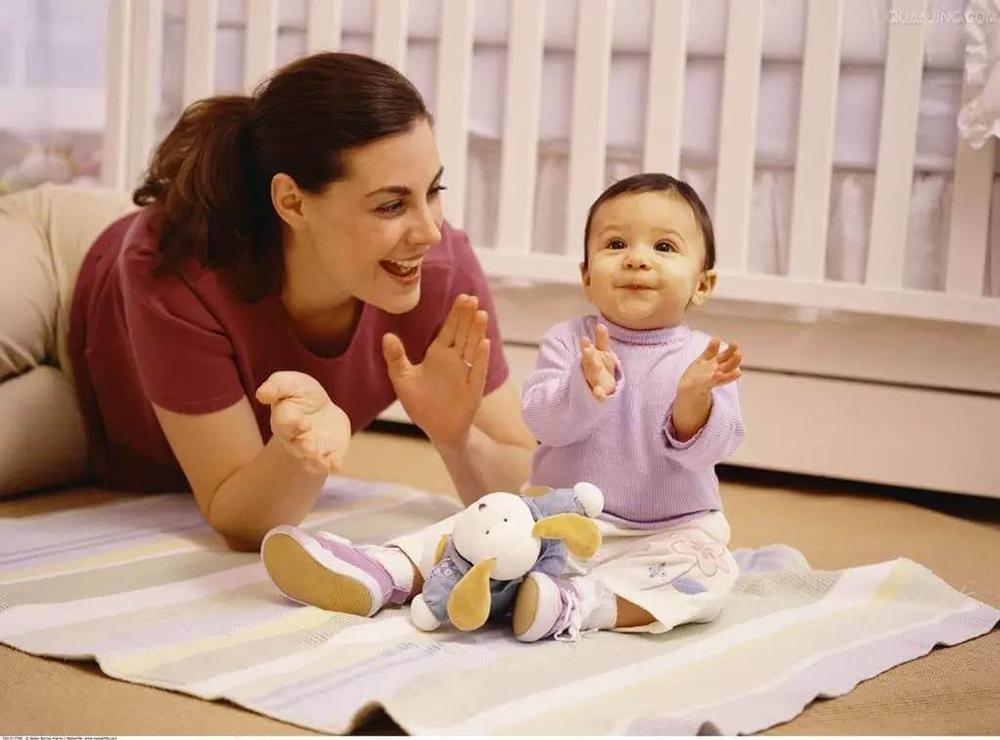 Cha mẹ áp dụng cách dạy trẻ tập nói thế nào là đúng nhất?