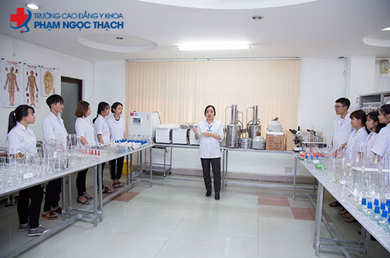 Trường cao đẳng Phạm Ngọc Thạch được đánh giá cao về chất lượng